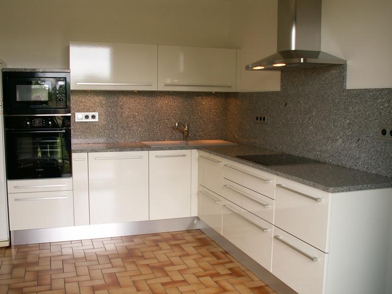 plan de travail en pierre de lave cool plan de travail en. Black Bedroom Furniture Sets. Home Design Ideas